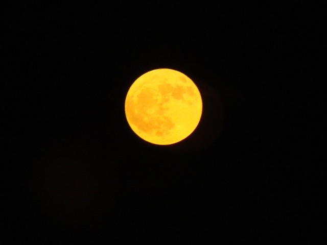 moon-1202726_1920
