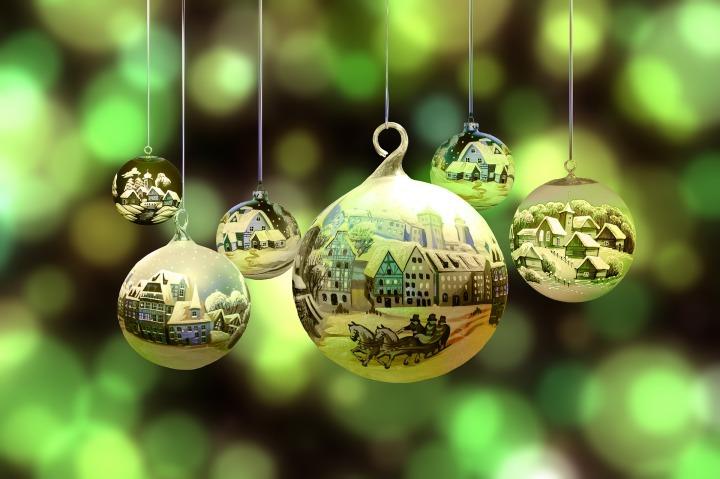 christmas-2877139_1920